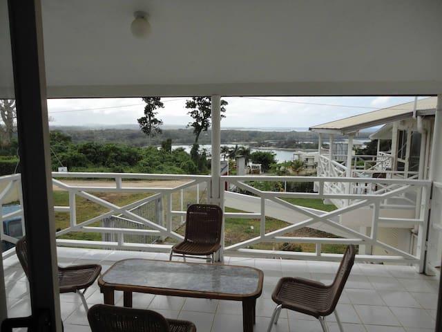 Unit 2 - Three Bedroom Apartment - Port Vila - Apartemen