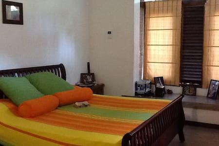 Great Space, location & comfortable - Sri Jayawardenepura Kotte
