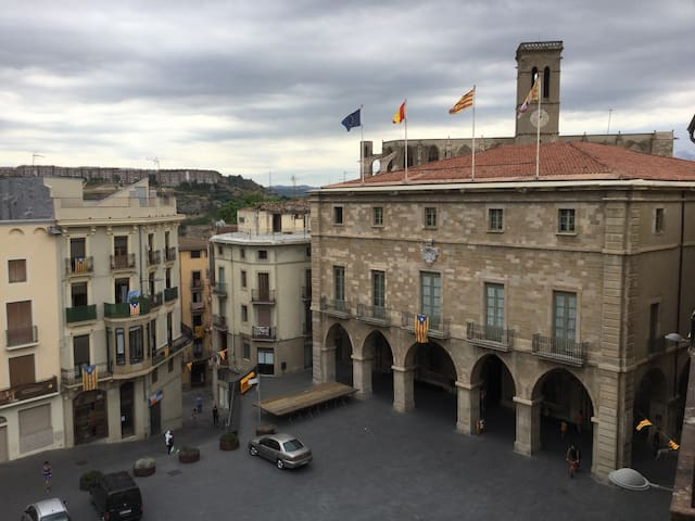 En el centro histórico de Manresa. - Manresa - Apartment