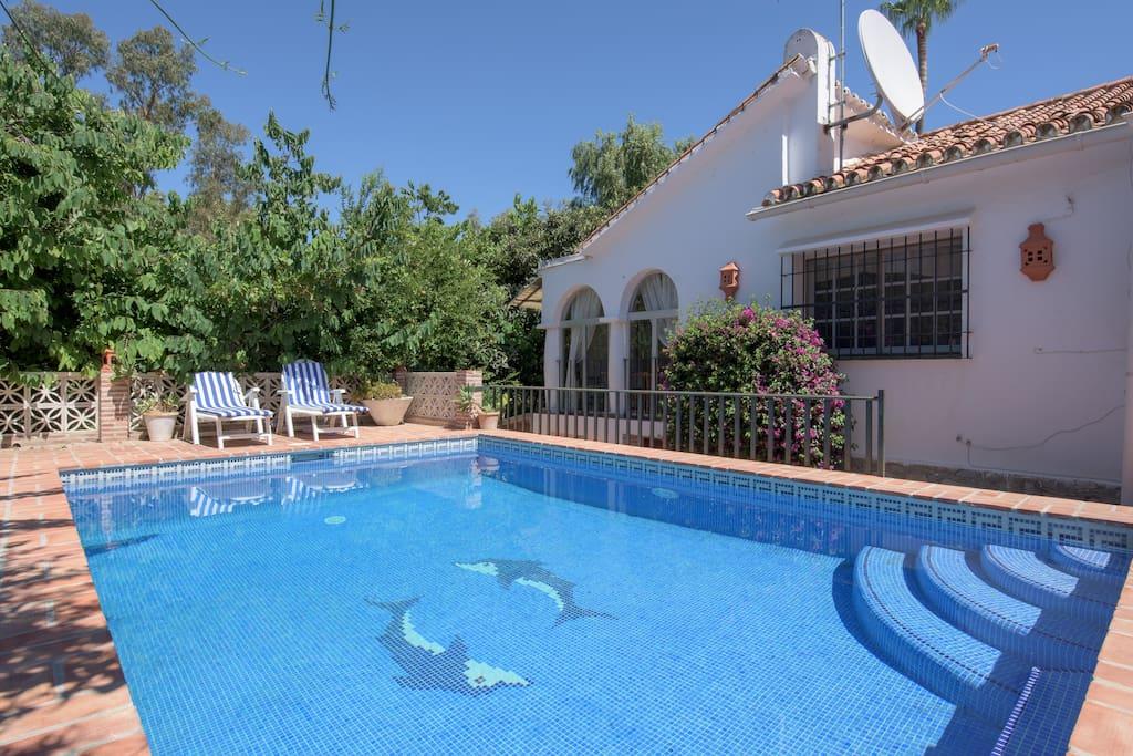 Villa privee 6p piscine plage villas for rent in for Piscine marbella
