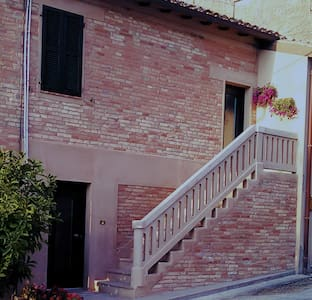 "Bed & Breakfast ""La casetta"" - Morro d'Alba"
