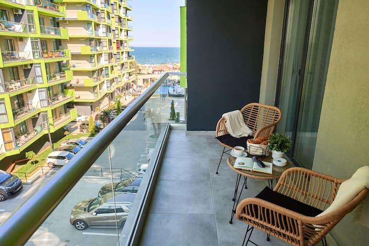 Vanilla Luxury Apt Alezzi Spa n Pool Beach resort