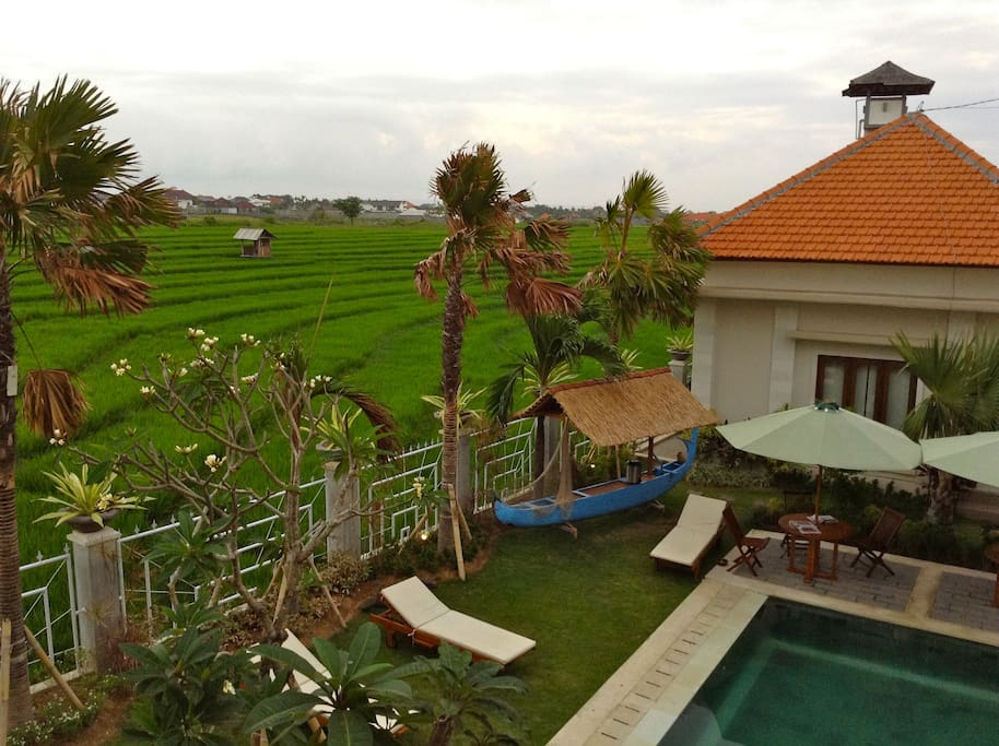 pool, rice paddy and gorgeous room.. what else you want from life?
