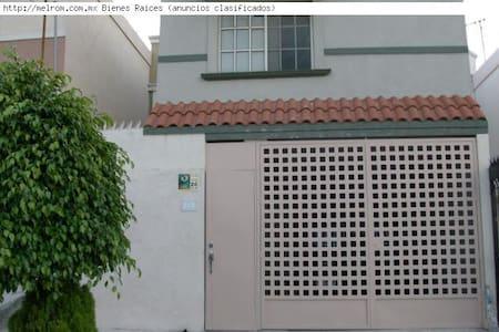 Alquilo aparto 1 habitacion 70 m2 - Coslada