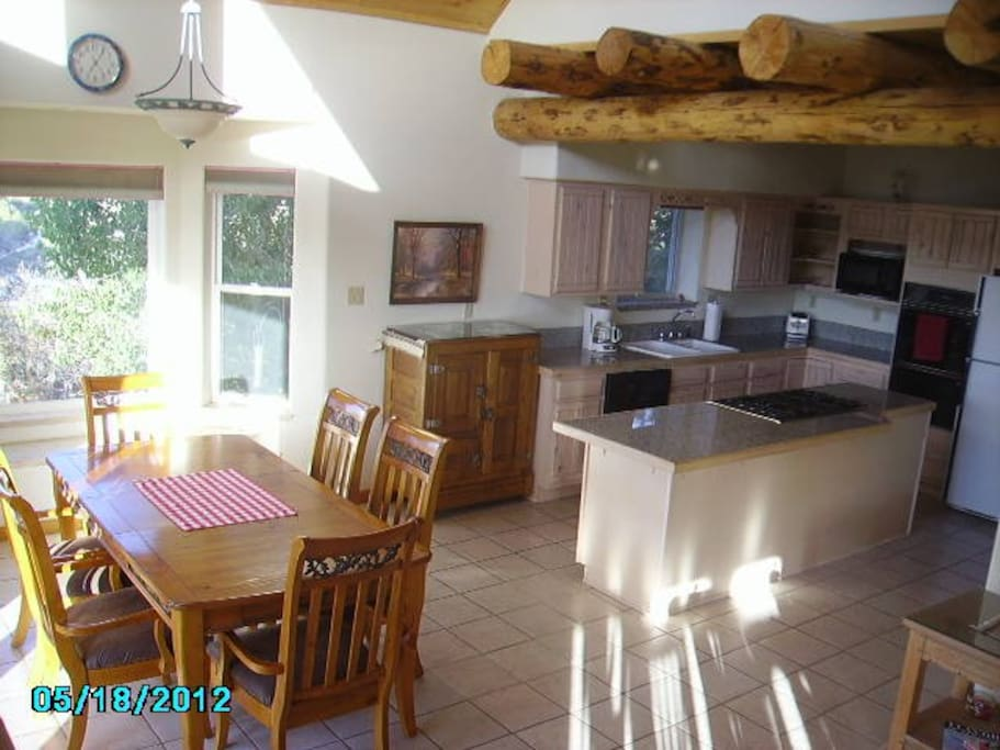Dining Room and kitchen---OPEN