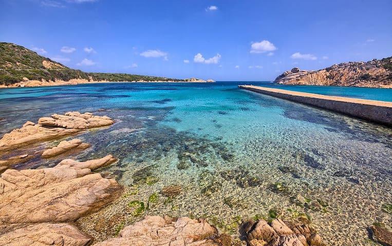 Vivi La Maddalena Island
