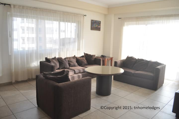 T.N. Hospitality Serviced Apt @ Airport Res. 2-BRM