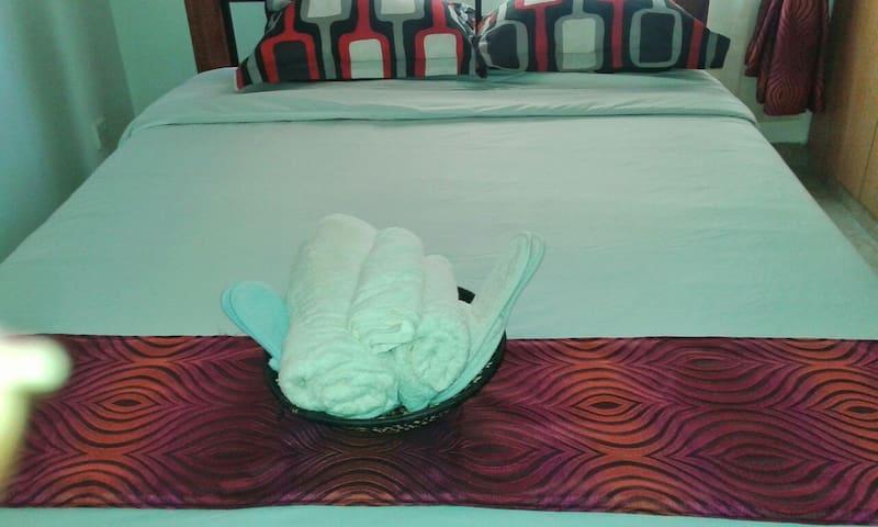Clean Cosy Room near JKIA Airport - Nairobi - Wohnung