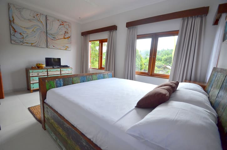 Standard bedroom in Villa Santai - Karangasem - Вилла