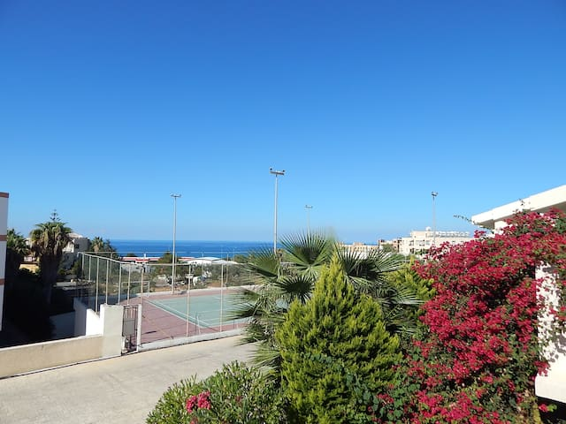 Sunny Townhouse Kings Beach Park