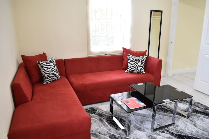 wynwood miami place, beautiful apartment!
