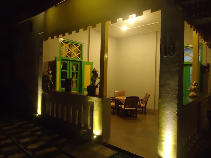 Jasmine Heritage Homestay Room E