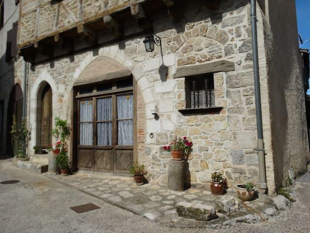 Maison médiévale - Cajarc - Rumah