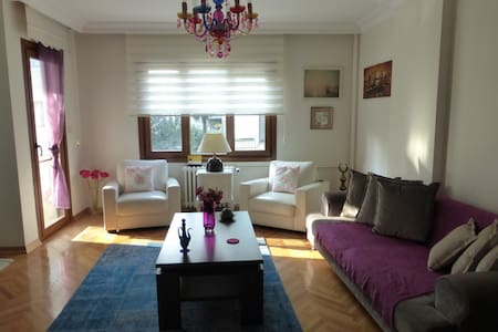 Perfect Location on Bagdat Avenue - Kadıköy - Lakás