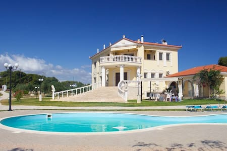 Luxurious 500m2 Villa Asklipia