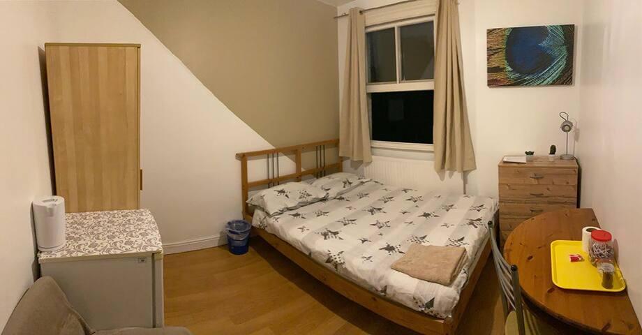 ** Amazing Double Room in ZONE 1