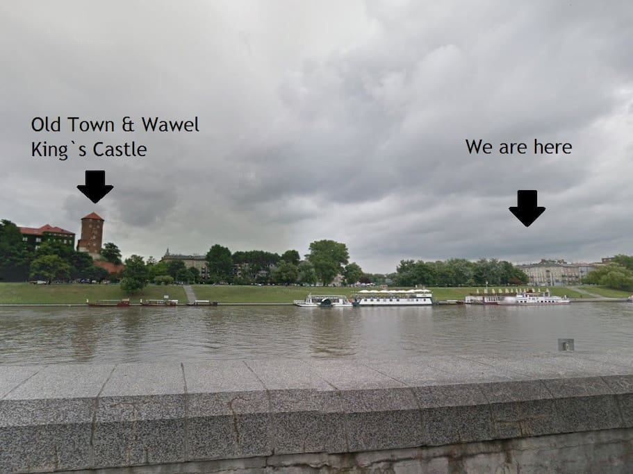 Distance between apartment and Wawel Castle