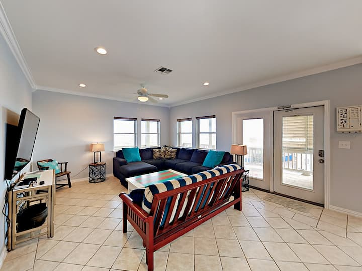 Coastal Gulf-View Getaway with Pool - Near Beach