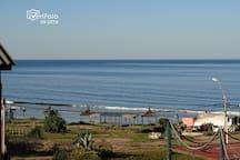 LA RUCA C: Vista a la playa desde el dormotorio