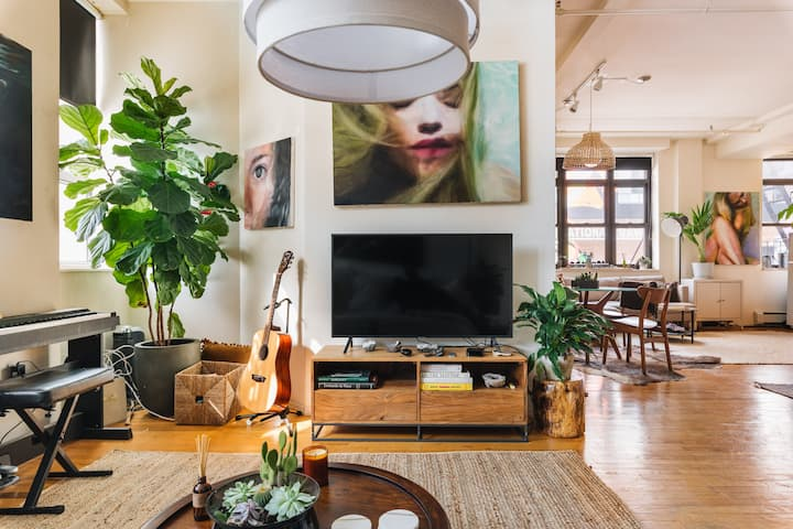 Spacious Sun Drenched Artist Loft in Williamsburg!