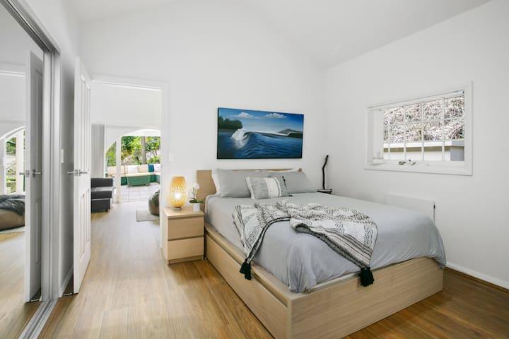 Second Queen Bedroom to Rumpus