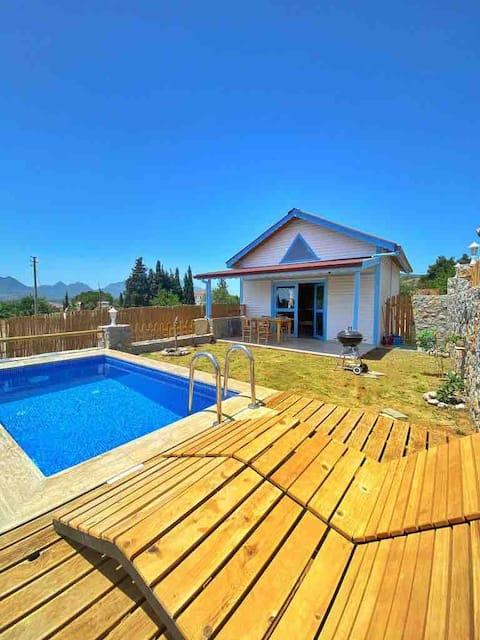 Villa Rengin (Havuzlu) Datça-Mavi