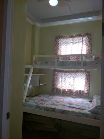 Modern Downtown Dalaguete room for rent