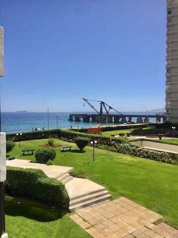 Dpto Playa Acapulco vista mar acceso directo playa
