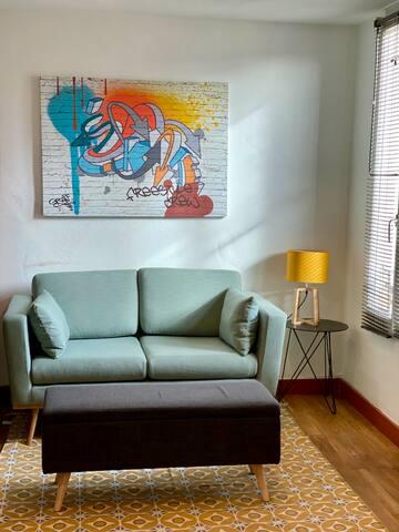 Studio pratique, une ambiance originale et cozy