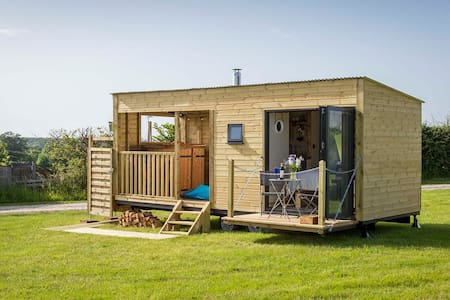 Jed's Shed - Little Country Houses SS