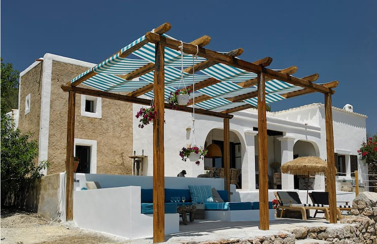 Ibiza, Es Cubells, Charming Finca with sea views - Es Cubells