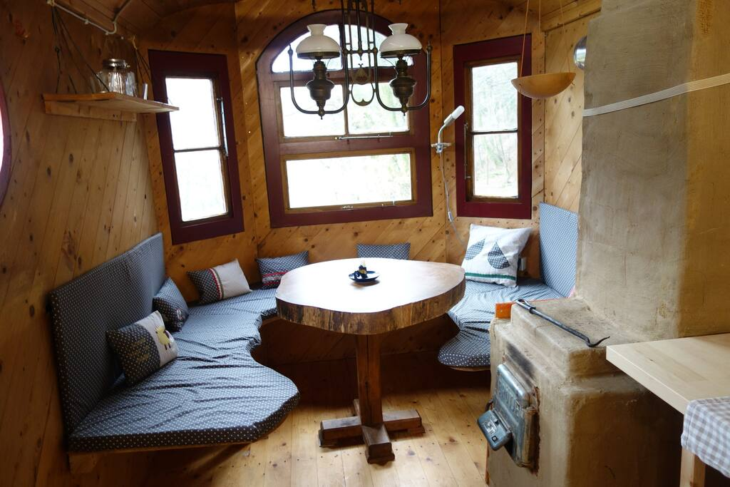 Sitzecke mit Holzofen