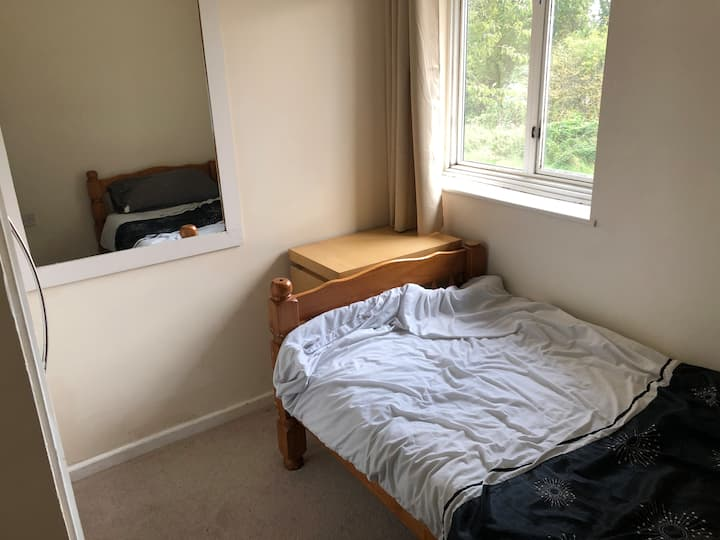Affordable single room perfect for Warwick student