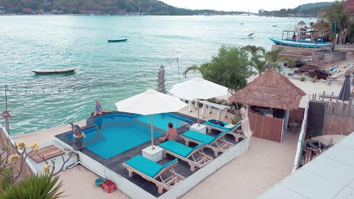 2Sea View+3Deluxe Beachfront Pool WAter Ceningan