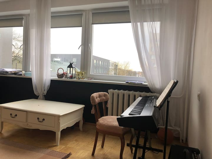 Private apartment 10 min walk from old town