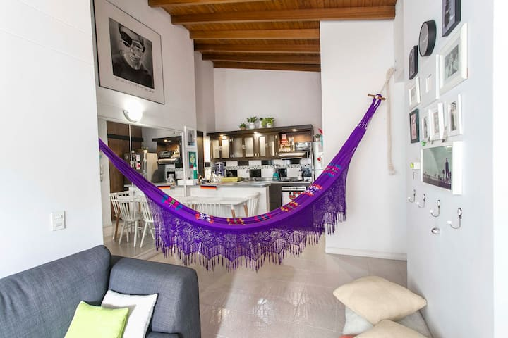 Calle de La Vida - Cozy Studio Apartment