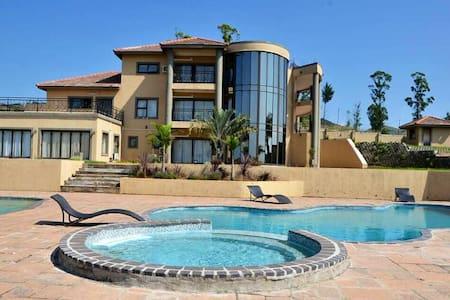 Calisvale Paradise (Eswatini)
