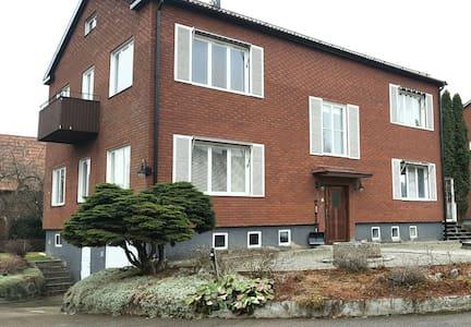 Charming house with large space near the center! - Västerås