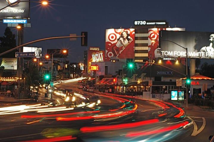 Beautiful Loft - Hollywood Walk of Fame