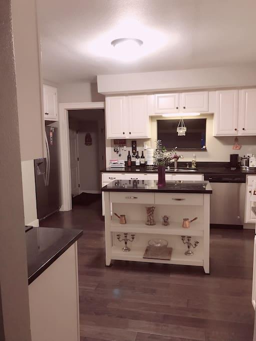 Great spacious kitchen