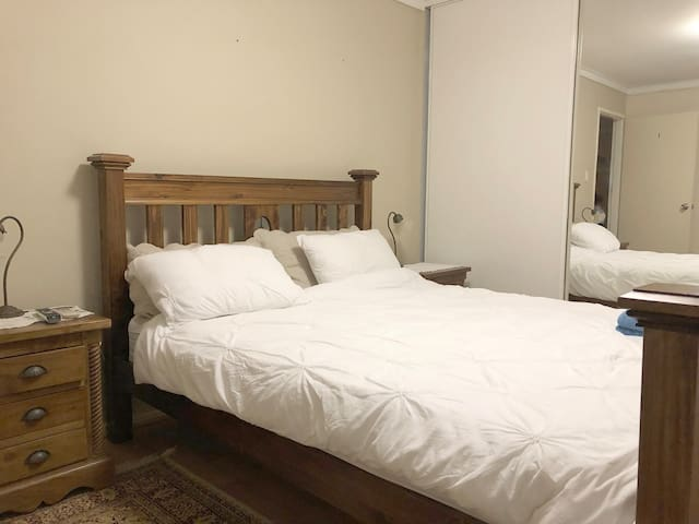 Large  bedroom with courtyard (RM.1..yellow tab)