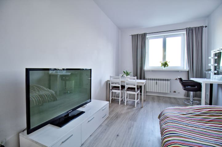 Amazing room in centrum of Poznan FREE PARKING
