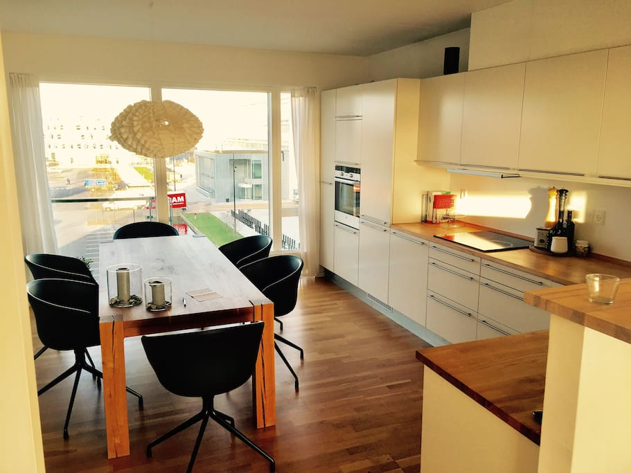 Lovely kitchen/dining area (fully equipped kitchen)