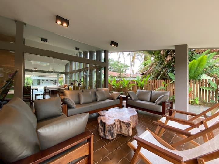 Casa de Praia com Piscina Aquecida Ar Condicionado