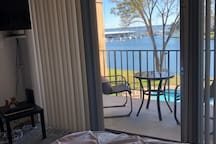 The Perfect Getaway~Waterfront Condo~Gorgeous View