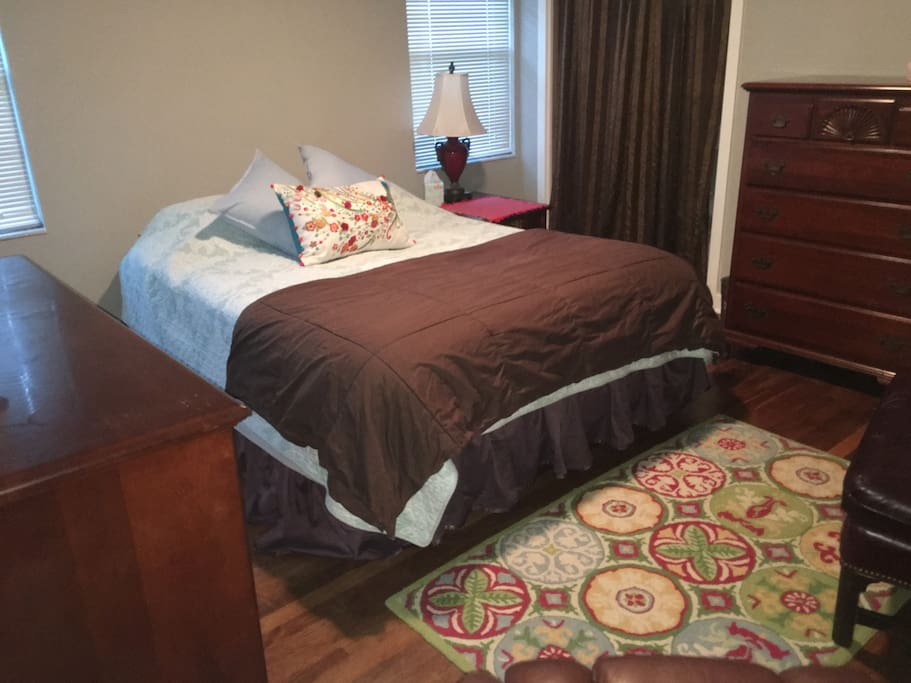 Cozy and clean room. Very comfortable and private.
