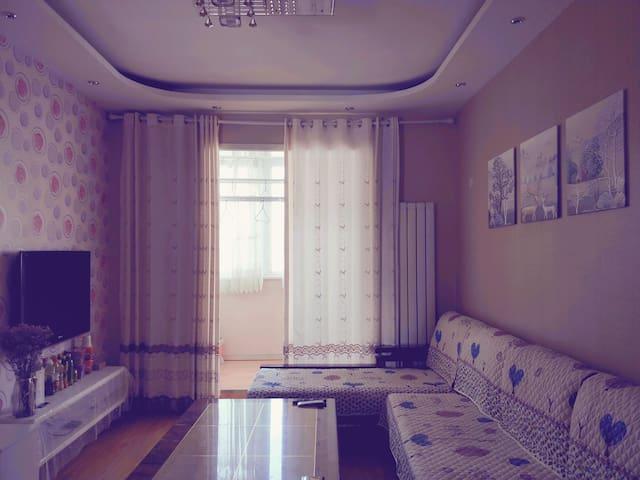 温馨两室一厅,很有家的感觉