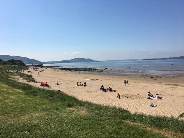 LUXURY HOLIDAY HOME IN BUNCRANA TOWN