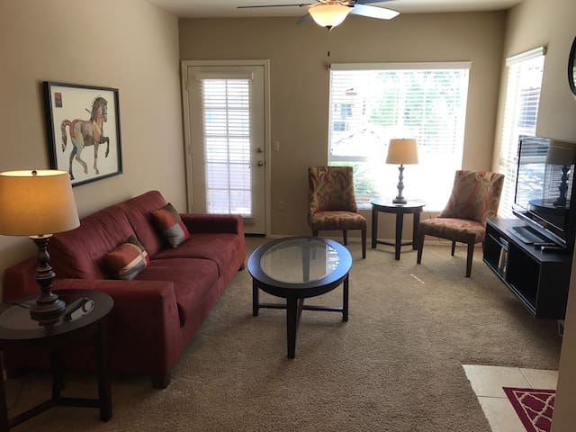Poolside Condo - Gated Lakeshore with Amenities+++ - Chandler - Συγκρότημα κατοικιών