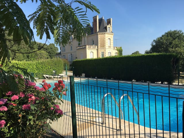 Chateau Vary & Loire Valley Cottages Sellerie (4)